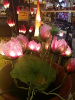 蓮の花ランプ