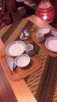 タイ白磁パオナップル柄食器、アタランチョンマット、テーブルライナー