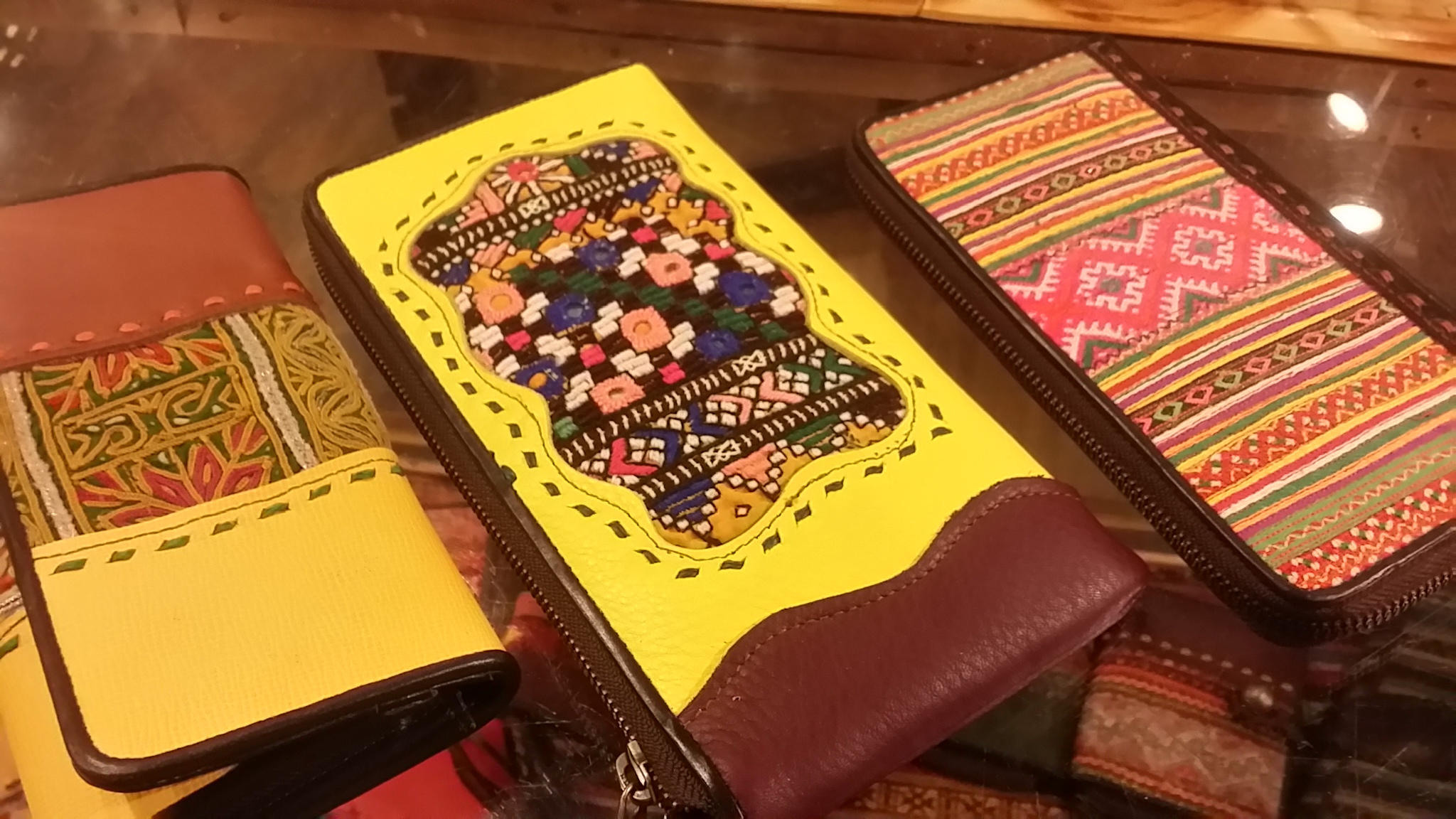 アジアン財布