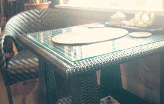シンセティック(人工ラタン)の家具展示開始