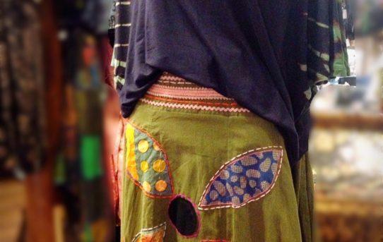 新入荷商品で秋のエスニックファッションコーデ