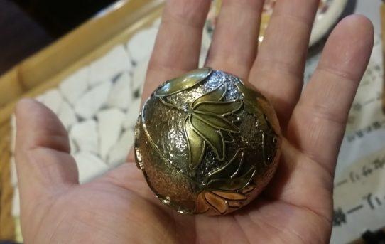 バリ島より特大ガムランボール!最大の大きさで作ってもらいました。