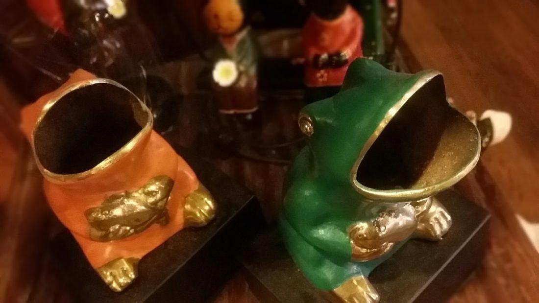 真鍮カエル