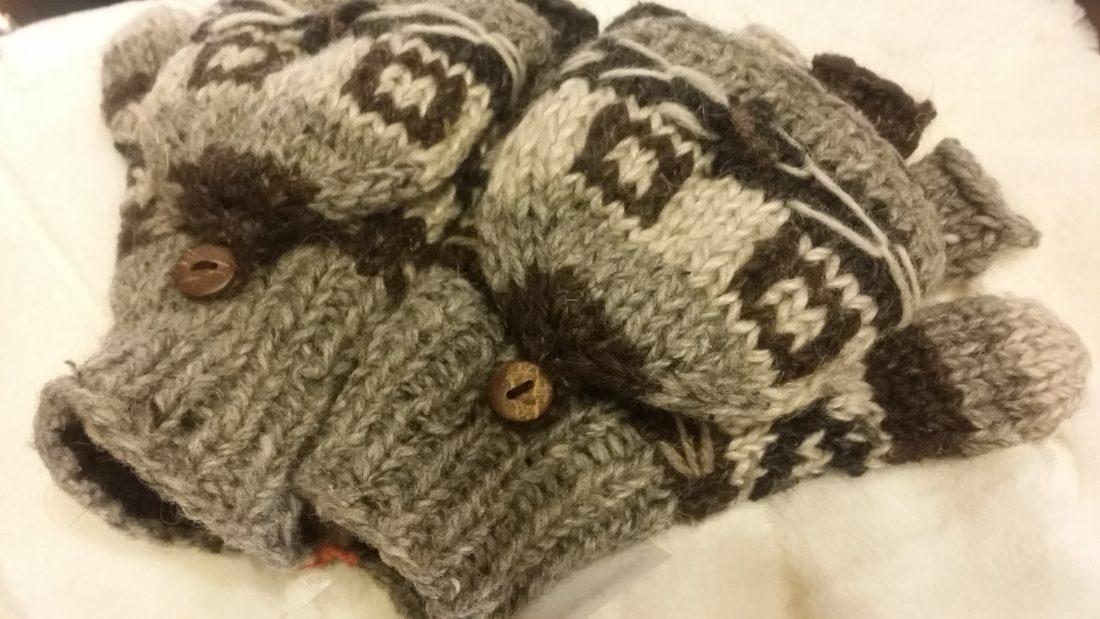 ネパールウール手編み手袋