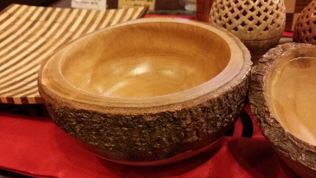 タイの木の器
