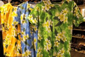 リゾートプリントTシャツ