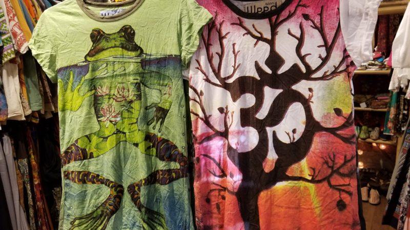 エスニックなTシャツ