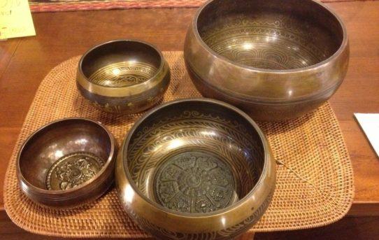 ネパールの仏具アイテム♪♪ 癒しの音色を♪♪