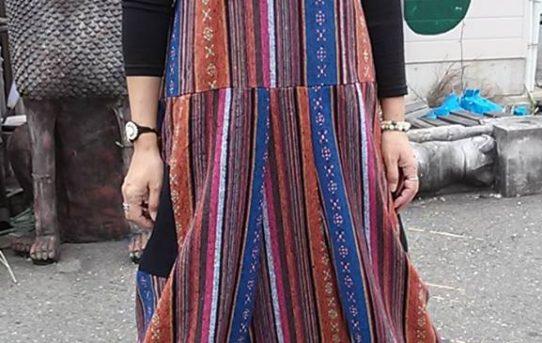 今日のコーデはゲリ織布のサロペット