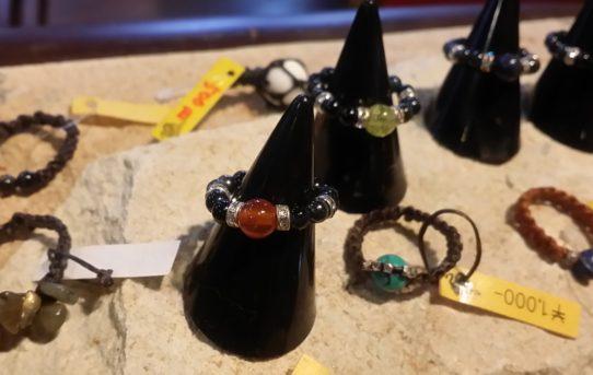 ロングセラーの天然石のリング