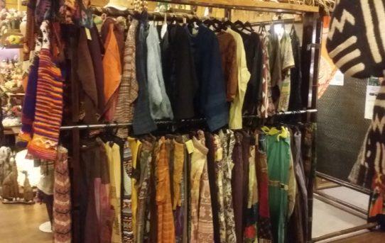 服飾リサイクル人気です。ありがとうございます。