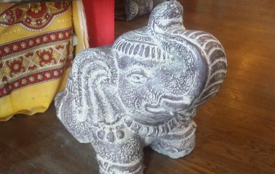 縁起物の【幸せを呼ぶ象】ゾウさんグッズ