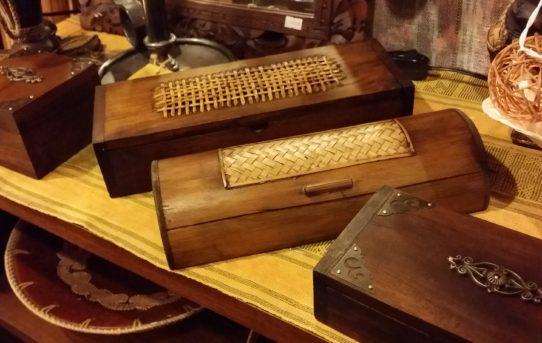 可愛いボックスや、ウッドの小物入れなど雑貨入荷しました。