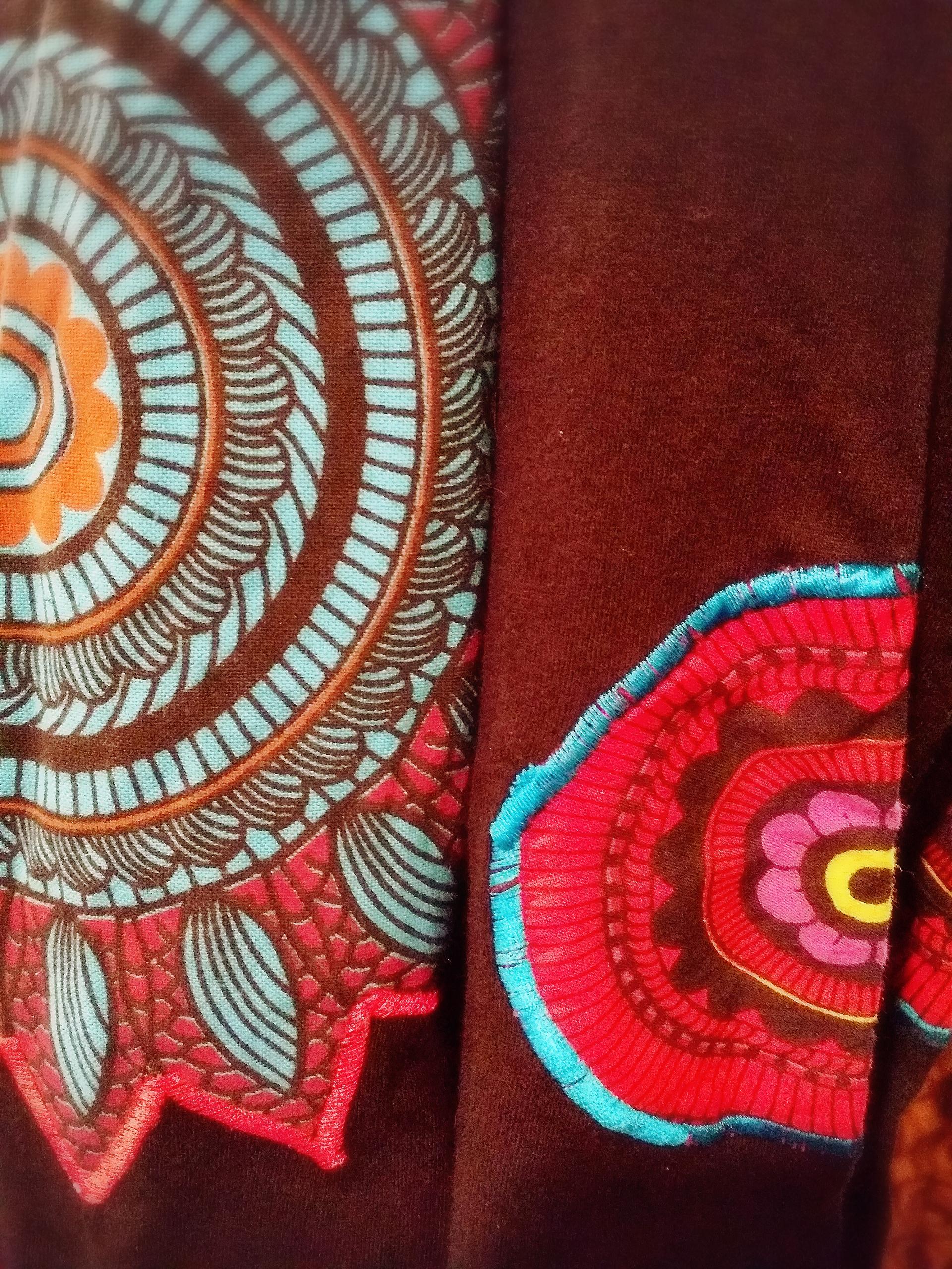ネパール刺繍チュニック