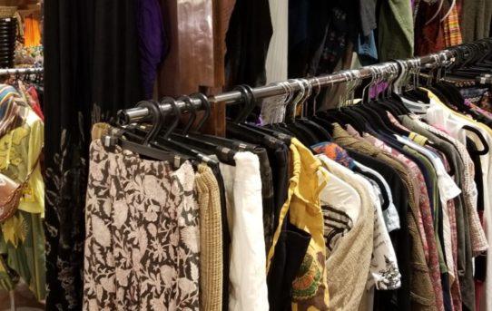 人気のリサイクル服!先日から連続で持ち込みが沢山!