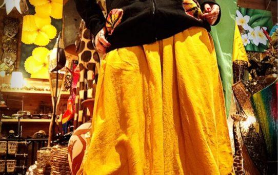 冬のエスニックファッションコーデ!タイダイジャケットとワイドパンツ