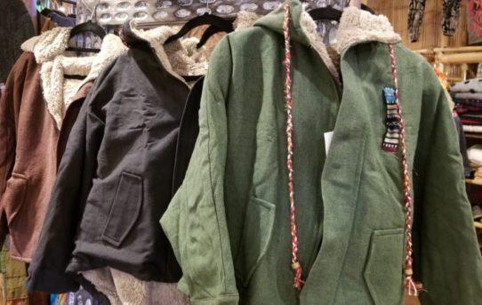 年末新入荷!ネパールの暖かジャケットや新商品入荷