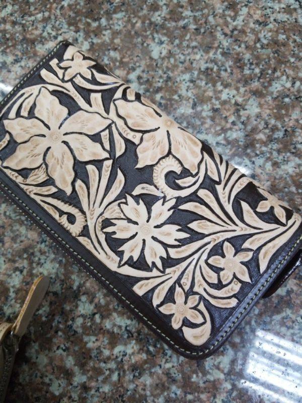 カービング財布