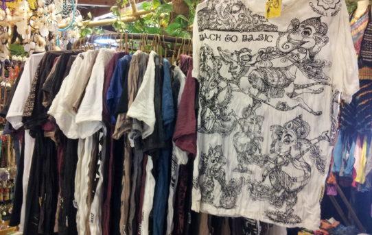 8月16日~まだまだ暑すぎ。連日沢山のご来店ありがとうございます!お待たせしました!人気のTシャツ限定50枚再入荷!