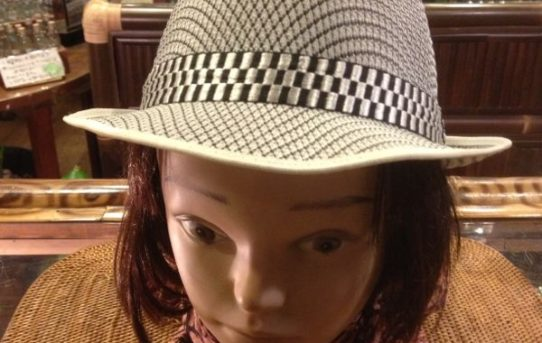 これからの季節に大活躍♪ 新入荷アイテムのご紹介「帽子」♪♪